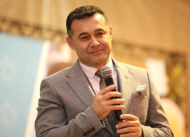 Bugün Alanya Belediye Başkanlığı seçimleri olsa Adem Murat Yücel'e oy verir misiniz? 31 Mart Yerel Seçimlerinden bu yana Başkan Yücel'in yaptığı hizmetlerden memnun musunuz?