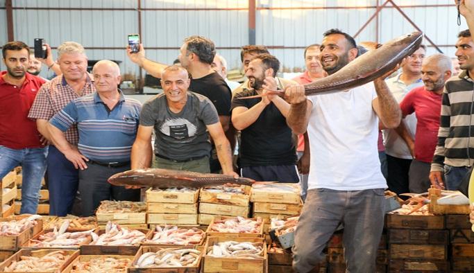 Balıkçılar sezonu davul zurnayla açtı