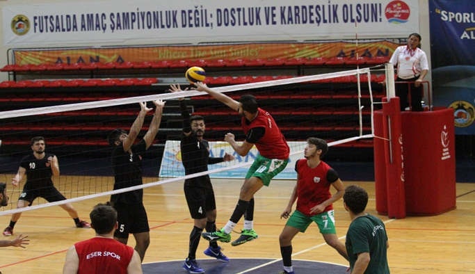 Belediye Voleybol turnuvası başladı