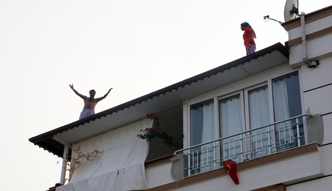 Cezaevi firarisi çatıya kaçtı