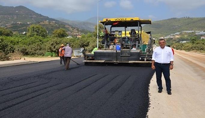 Oba Stadyumu yolu asfaltlanıyor.