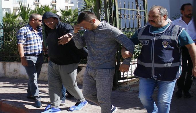 Kırgız ve Kazak gasp çetesi polisten kaçamadı