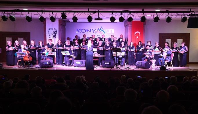 Konyaaltı Belediyesi TSM Korosu'ndan konser