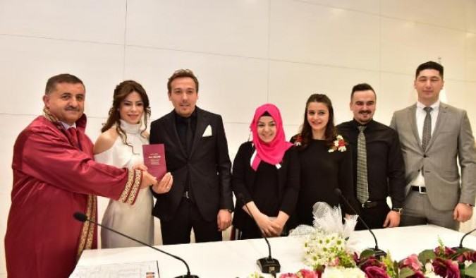 Kepez'de 51 çift, 14 Şubat'ta evlendi