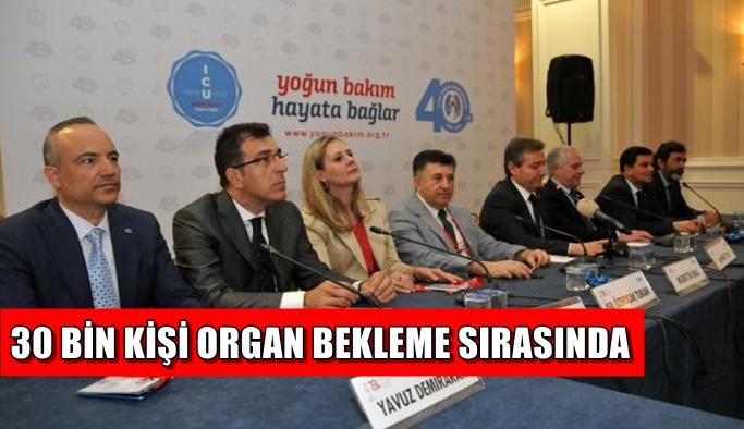 'Türkiye bir travma ülkesi'