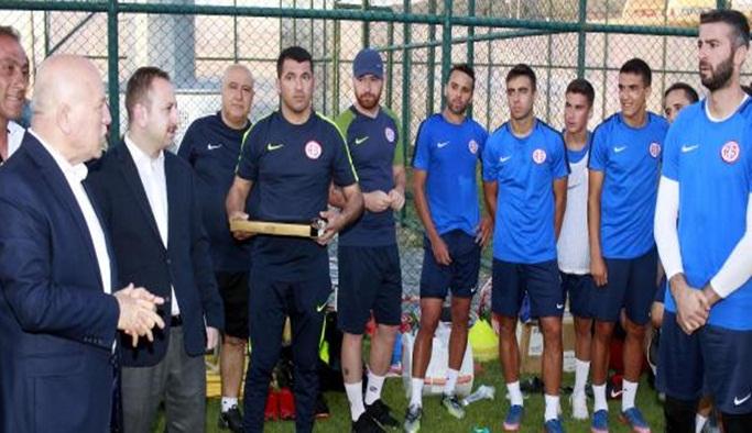 Antalyaspor'un Erzurum kampı sürüyor
