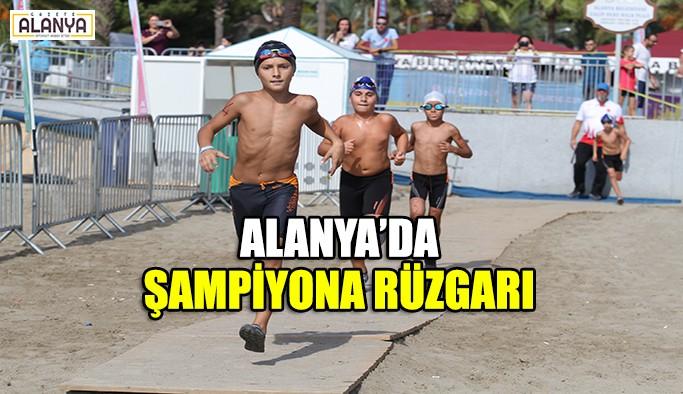 Alanya'da şampiyona rüzgarı