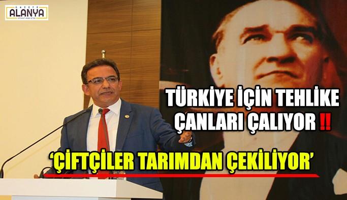 Çiftçiler tarımdan çekiliyor, Tehlike çanları Türkiye için çalıyor