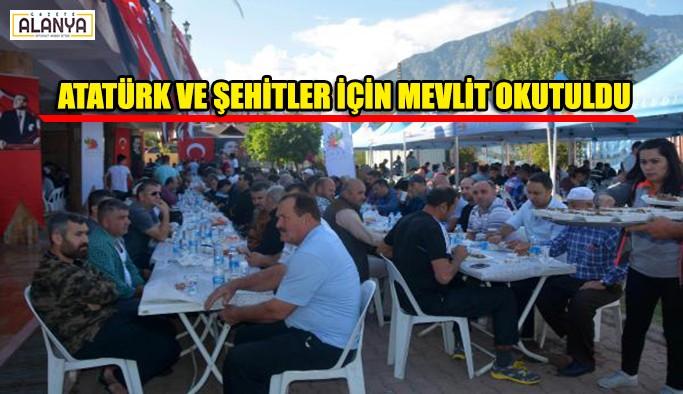 Atatürk ve şehitler için mevlit okutuldu