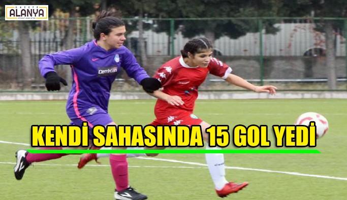 Kendi sahasında 15 gol yedi
