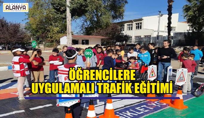 Öğrencilere uygulamalı trafik eğitimi