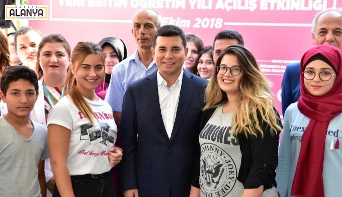 Kepez'den üniversite hayaline destek