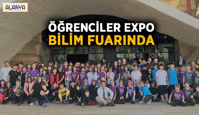 Öğrenciler EXPO bilim Fuarında
