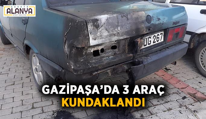 Gazipaşa'da 3 araç kundaklandı