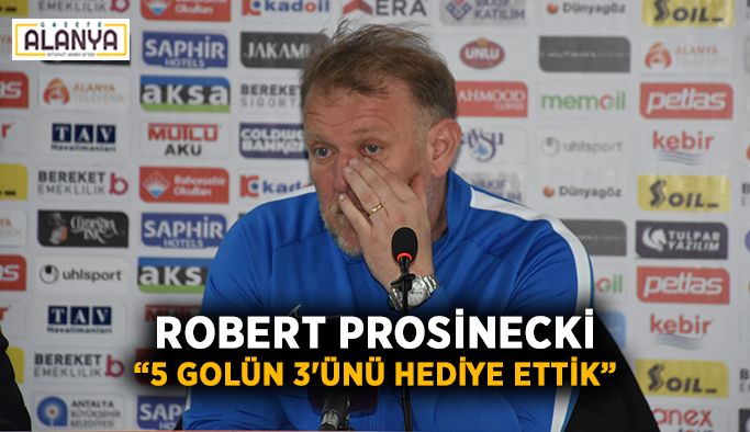 """Robert Prosinecki: """"5 golün 3'ünü hediye ettik"""""""