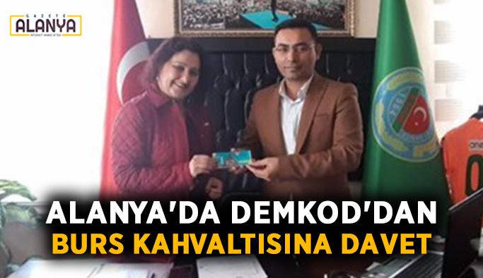 Alanya'da DEMKOD'dan burs kahvaltısına davet