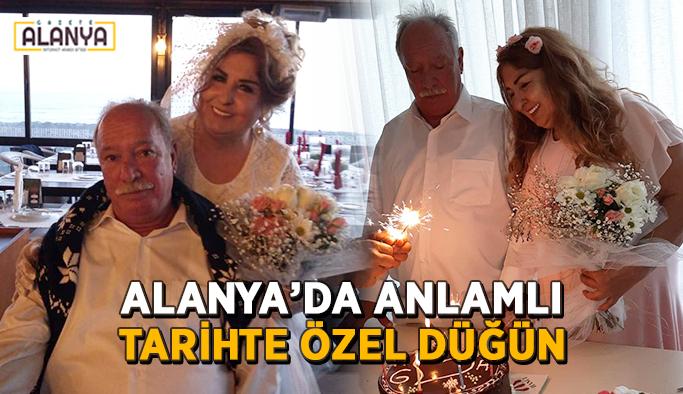Alanya'da anlamlı tarihte özel düğün