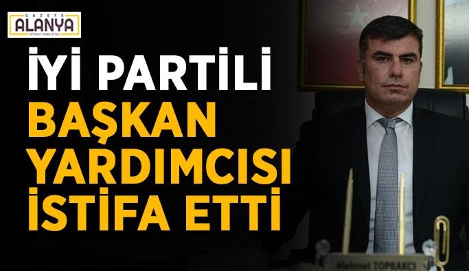 İYİ Partili başkan yardımcısı istifa etti