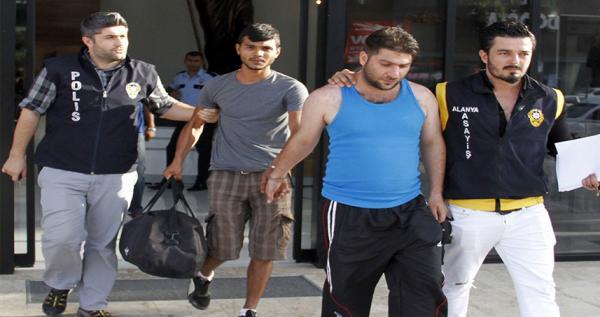 26 yıl hapis cezası bulunan şüpheliler yakalandı