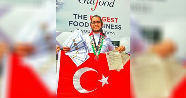 Antalyalı 20 yaşındaki aşçı dünya dördüncüsü oldu