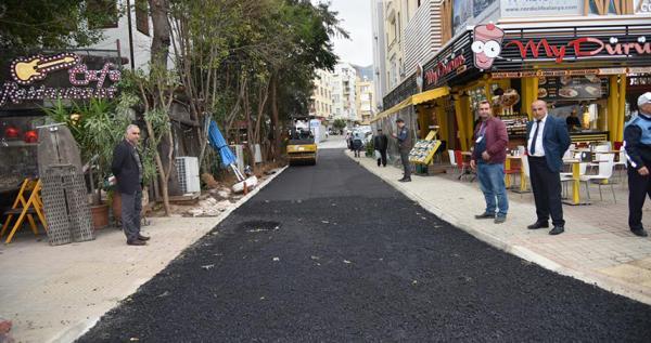 Atatürk Caddesi'ndeki yol trafiğe açıldı