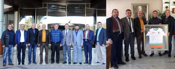 Aydoğan ve Topçu'ya imzalı forma