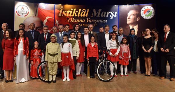 İstiklal Marşı Okuma Yarışması'nda şampiyonlar belli oldu