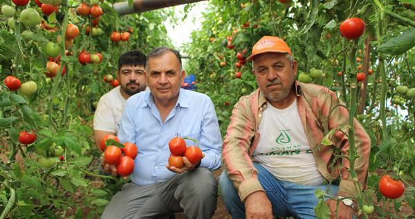 Kayhan: Çiftçilerimiz zararına satış yapmakta