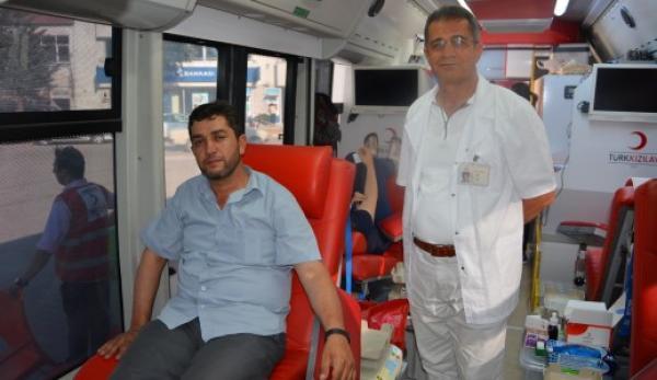 Kızılay'a 2 günde 109 ünite kan bağışı