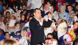 Ferhat Göçer Alanya'da tatilcileri mest etti
