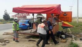 Yol kenarındaki tezgahlar kaldırıldı