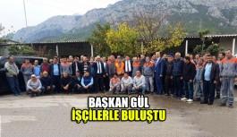 Mustafa Gül, temizlik işçileriyle buluştu