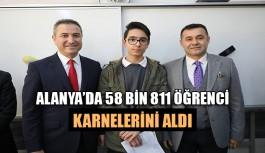 Alanya'da 58 bin 811 öğrenci karnelerini aldı