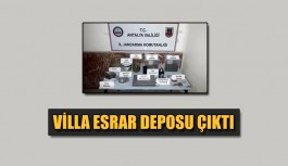 Villa esrar deposu çıktı