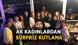 Ak Kadınlardan Öztekin'e sürpriz kutlama