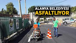 Alanya Belediyesi asfaltlıyor