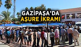 Gazipaşa'da aşure ikramı