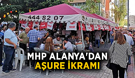 MHP Alanya'dan aşure ikramı