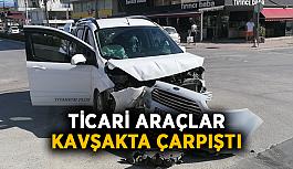 Ticari araçlar kavşakta çarpıştı: 1 yaralı