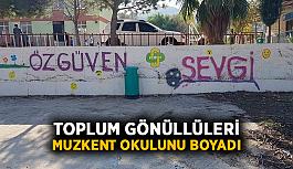Toplum gönüllüleri Muzkent okulunu boyadı