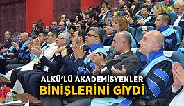 ALKÜ'lü akademisyenler binişlerini giydi