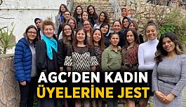 AGC'den kadın üyelerine jest