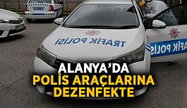 Alanya'da polis araçlarına dezenfekte