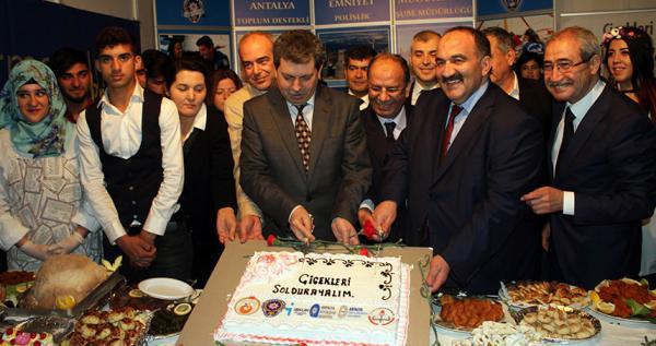 Türkiye\\\\\\\'de ihanetlere rağmen istihdam oranı artıyor
