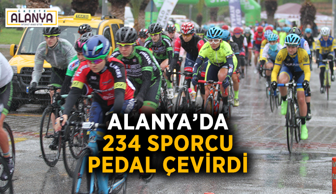 Alanya'da 234 sporcu pedal çevirdi