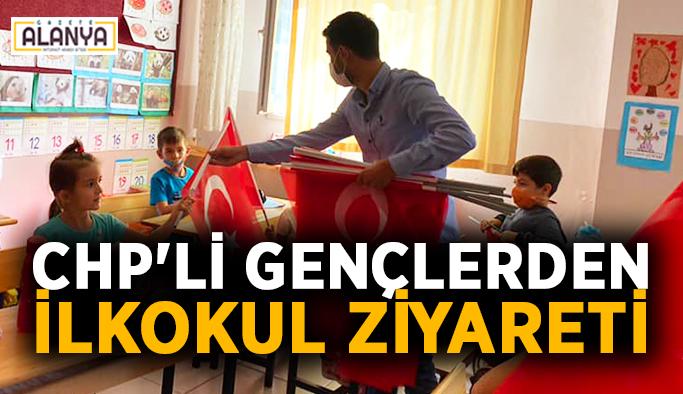 CHP'li gençlerden ilkokul ziyareti