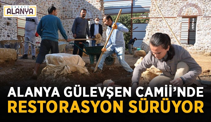 Alanya Gülevşen Camii'nde restorasyon sürüyor