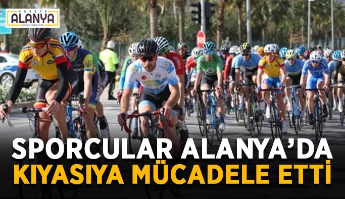 Sporcular Alanya'da kıyasıya mücadele etti