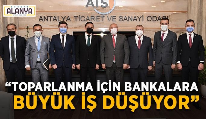 """""""Toparlanma için bankalara büyük iş düşüyor"""""""