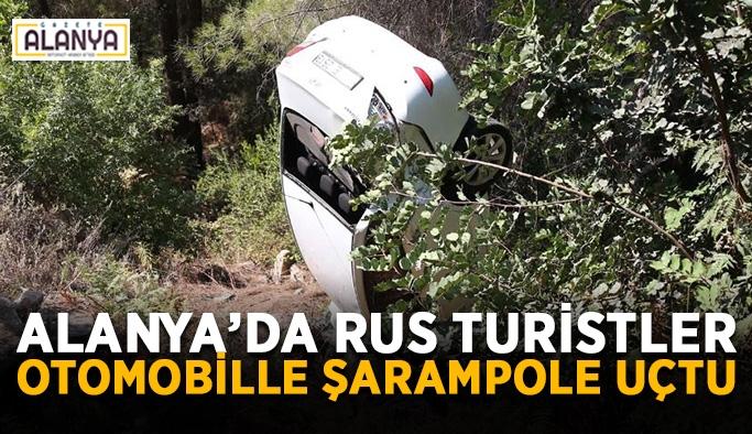 Alanya'da Rus turistler otomobille şarampole uçtu